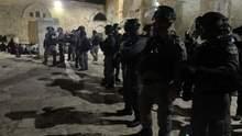Столкновения на Храмовой горе в Иерусалиме: число пострадавших растет – видео
