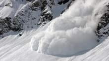 В Альпах зійшла потужна лавина: серед туристів є загиблі