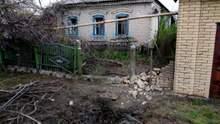 Українські військові показали наслідки обстрілу ракетами житлових районів Мар'їнки: фото
