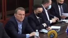 Суд избирает меру пресечения Виктору Медведчуку: онлайн-трансляция