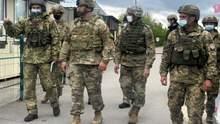 """""""Оценили ситуацию на фронте"""": военные дипломаты США побывали в зоне ООС"""