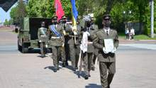 Загинув від кулі снайпера: на Чернігівщині попрощалися з військовим Колесником