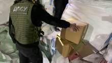 В Николаеве обнаружили рекордную партию контрабанды, только выгрузка заняла более чем день