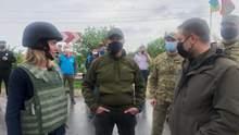 Донбасс и Крым являются Украиной, – премьер Эстонии посетила КПВВ на Востоке