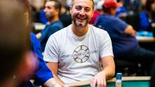 Американські мільйонери домовилися про покерну битву сам на сам