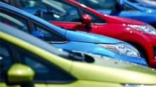Как цвет авто влияет на безопасность вождения во время путешествия: интересные суждения