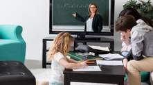 Уроков по телевидению для учеников не будет: где и когда они появятся