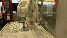 """Первая официальная мастерская роботов открылась в центре науки """"Коперник"""", что в Варшаве"""