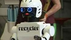 Британских школьников воспитывает робот под названием Recycler