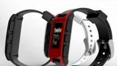 Pebble - умные часы, которые позволяют читать SMS и пользоваться Интернетом