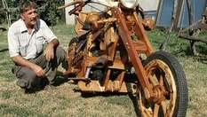 Угорський тракторист самостійно зробив дерев'яний байк