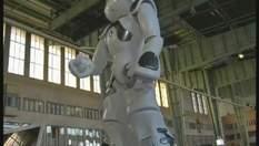 На фестивале технологий в Германии ученые представили робота-танцора