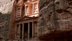 Петра - стародавнє місто на території сучасної Йорданії