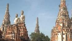 Міста-руїни Таїланду: кількасотлітня історія на долоні