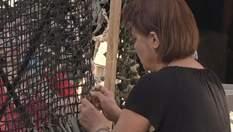 Волонтеры самостоятельно делают маскировочные сети для бойцов АТО