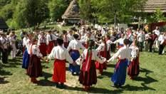 Заклинания, песни и опасные игры: как в древности украинцы провожали зиму и ждали весну