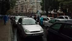 """""""Буде бійка"""": якими є настрої """"євробляхарів"""", що протестують під Радою"""