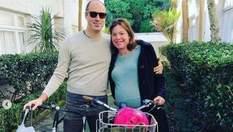 Министр Новой Зеландии поехала рожать на велосипеде: фото