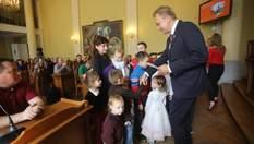 У Львові 45 сімей отримали ордери на безкоштовні квартири