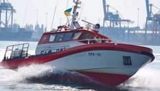 Біля берегів Одеси зазнав лиха буксир: на судно надходить вода