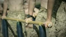 """""""Не стріляти зі зброї, а володіти нею"""", тактична медицина, універсальність: як навчають десант"""