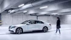 """Daimler научит беспилотники """"общаться"""" с пешеходами"""