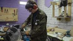 Харків'яни перетворили гараж на унікальну хобі-майстерню: фото та відео