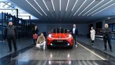 Toyota презентувала червоно-чорне авто: розкішна модель Aygo X Prologue створена лише для Європи