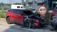 В Киеве сожгли Range Rover известной блогерши: фото