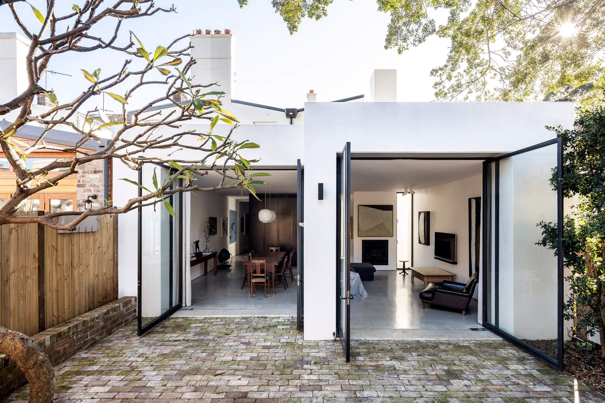 Оновлений будинок виглядає дуже естетично / Фото Deezen