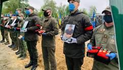 Убитих на Житомирщині ветеранів АТО поховали у Києві: фото, відео