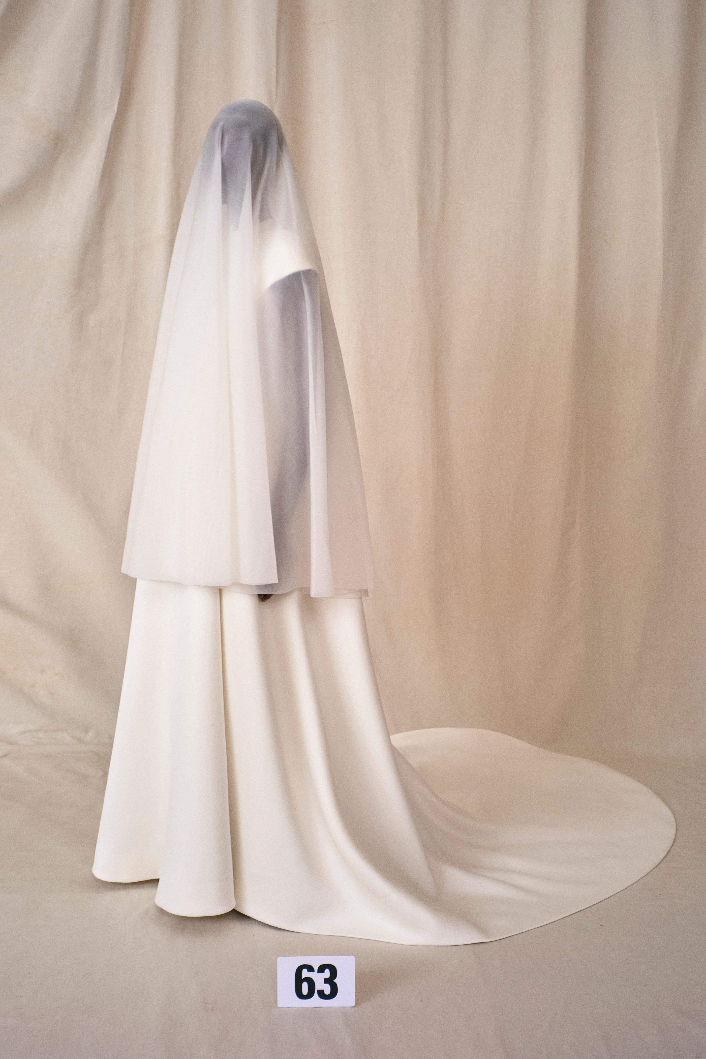 Кутюрна колекція Balenciaga осінь – зима 2021/22