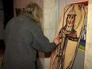 Українські митці розмалювали щити воїнам-повстанцям