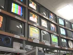 Відключення українських телеканалів не сподобається кримчанам, – дослідження