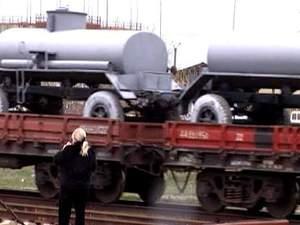 На материкову Україну з Криму вивезли близько 70 військових машин