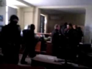 Сепаратисти в Горлівці прорвалися в будівлю міліції і потрощили майно