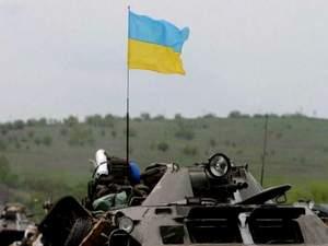 Майже половина українців готові зі зброєю захищати держкордон, - опитування