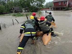 В Сербії та Боснії оголосили надзвичайний стан через найсильніші за останні 120 років повені
