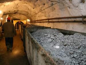 На Донбасі бойовики грабують шахти і вивозять вугілля до Росії, — РНБО