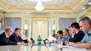 Стало відомо, навіщо Порошенко збирає Воєнний кабінет