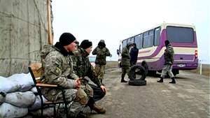 """""""Правий сектор"""" не дозволить налагодити електропостачання до Криму, попри заяви влади"""