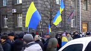 Бійці, які вибрались з Іловайська, заблокували дорогу до Порошенка