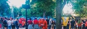 Гори сміття і пляшки у фонтані: зворотна сторона Ліги чемпіонів у Києві