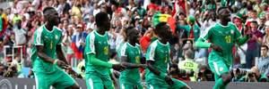 Сенегал победил Польшу благодаря автоголу и курьезному взятию ворот