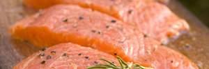 Яку небезпеку приховує червона риба з супермаркетів