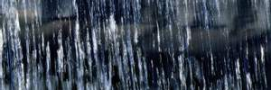 Сильна нічна злива затопила вулиці Києва