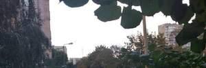Чоловік цілив у людей з балкону у Києві: за його плечима не одна подібна стрілянина