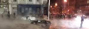 Центр Києва тоне в окропі: фото та відео