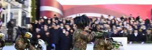 В Латвии прошел торжественный военный парад: яркие фото