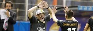 Марадона безумно отпраздновал выход в полуфинал его команды в чемпионате Мексики: видео